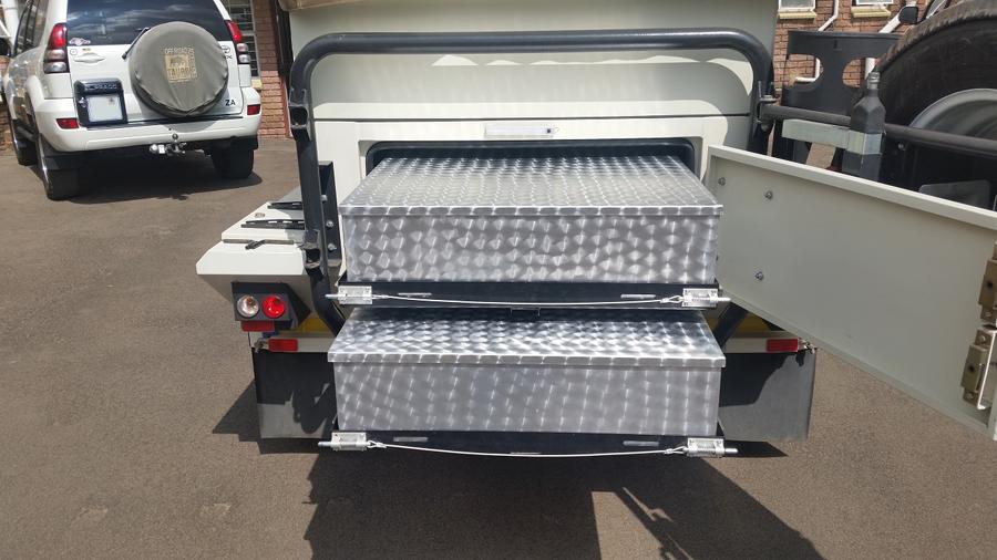 XT140-Trailer-drawer-system2