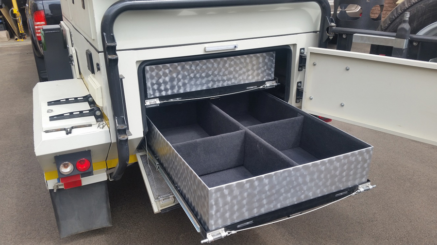 XT140-Trailer-drawer-system4