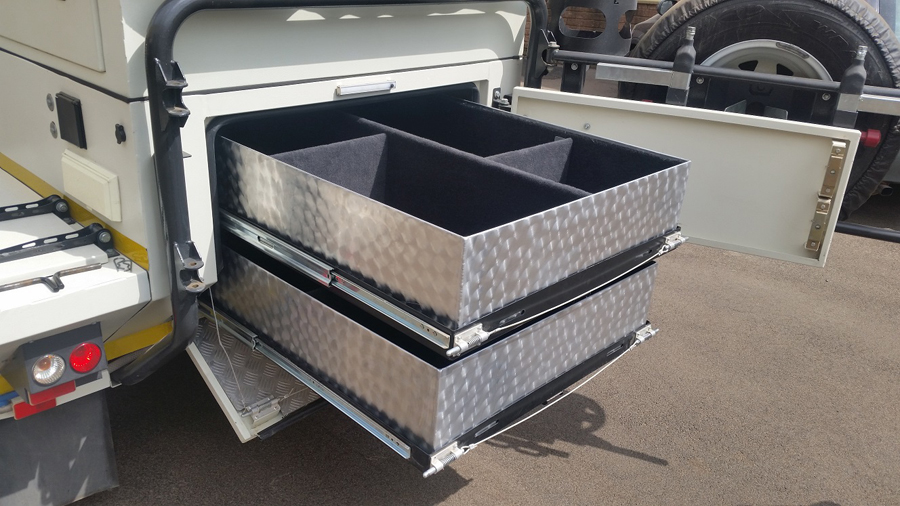XT140-Trailer-drawer-system5